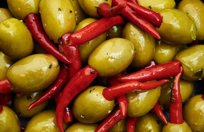 Chilli Stuffed Olives